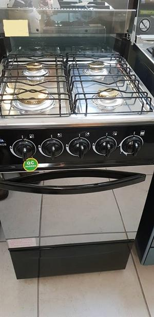 JUNE MADNESS-Delta 4- Burner Gas Stove with Oven-