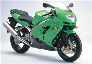Kawasaki ZX 9 / 6 spares for sale