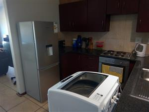 2 Bedroom flat to Share available immediately in Pretoria North