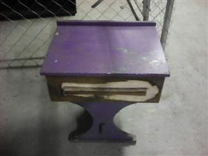 Mini purple desk for sale