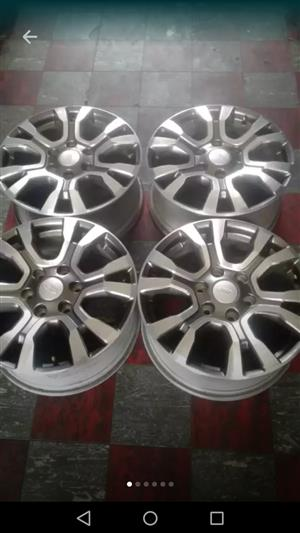 "18"" Wild track Rims and Continental cross contact tyres"