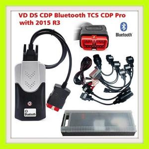 Diagnostic Tool: Delphi DS150E Pro Diagnostic Tool Bluetooth with 8 Car Adapters comes in a CASE