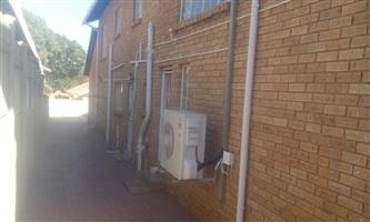 Big comfortable house for sale with nice pool and lapa Heuwelsig area.