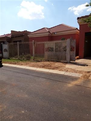 House for sale in Soshanguve block TT