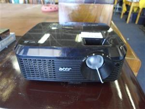 Acer X1130P Projector