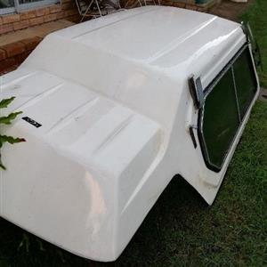 Chevrolet El Camino canopy.