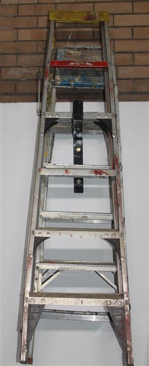 Gravity 1.5m step ladder S037093A #Rosettenvillepawnshop