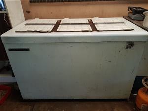 Antique Kelvinator 6 door freezer