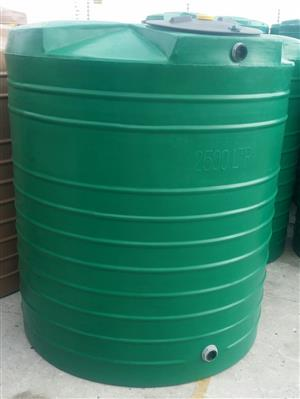 Jojo 5000L water tanks for sale
