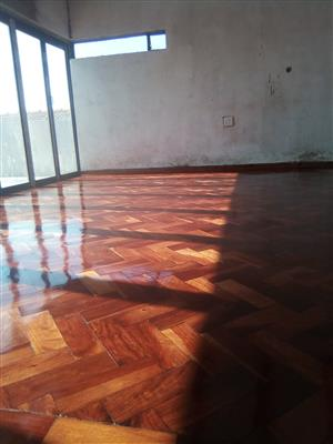 wooden floors installations sanding and sealing