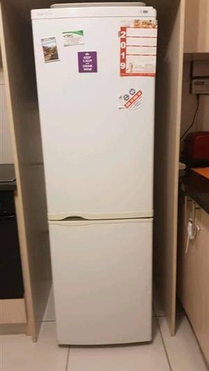 Kic fridge n freezer. Free delivery