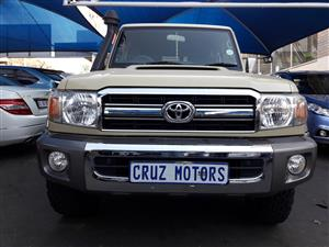 2014 Toyota Land Cruiser 100 4.5 GX