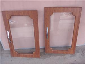 Kitchen Cupboard doors - Supawood & Glass - with door handles and hinges - as new - 640mmx 400mm