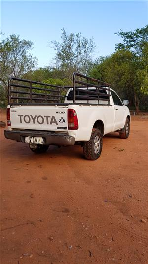 2010 Toyota Hilux 2.5D 4D raised body SRX