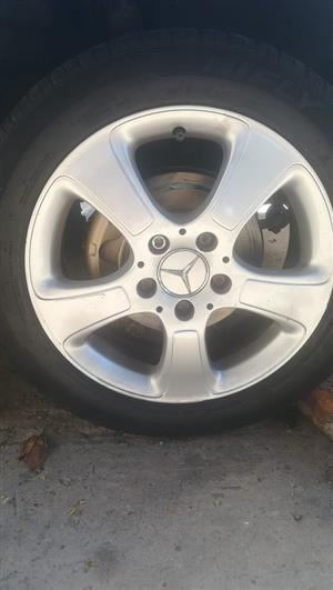 OEM Mercedes Rims with tyres