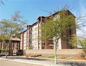 Annlin West - Bateleur - 2 bedroom flat on 2nd floor - R5 300
