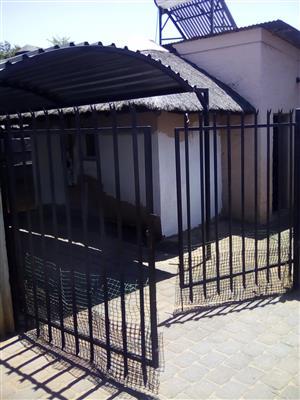 2 Bedroom Village unit to rent in Capital Park NO DEPOSIT NEEDED