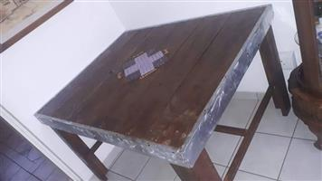 Beautifull custom made table for sale