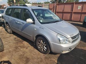 Kia Sedona 2.9 Crdi 2007 now for stripping of all parts.