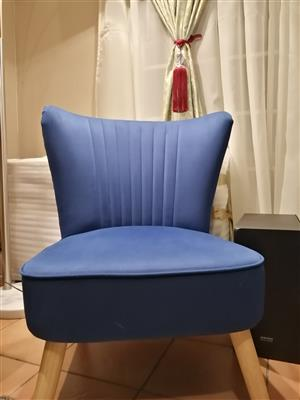 Occasional Shell Velvet Chair (Navy) R1k