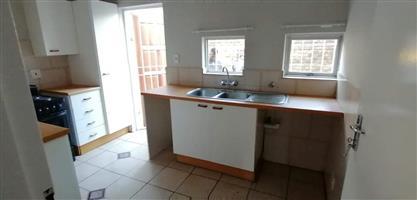 Large 2 Bedroom Flat to Rent Windsor West