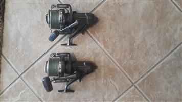 2 x Shimano big pit LC baitrunner carp reels