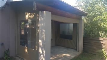Duplex in Douglasdale to rent