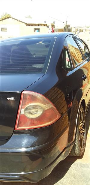 2005 Ford Focus 1.6 Trend 4 door