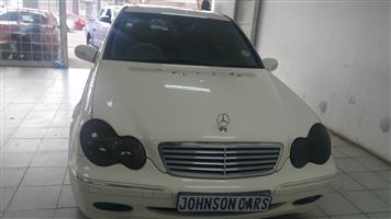 2004 Mercedes Benz 320CE