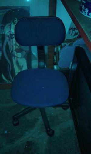 Blou kantoor stoel