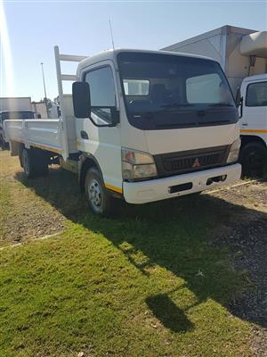 2008 Mitsubishi Fuso FE7-136 Dropside truck for sale