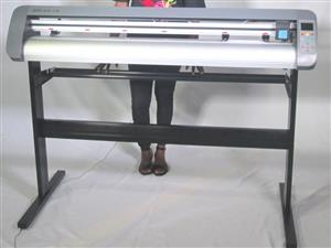V3-743L V-Smart Contour Cutting Vinyl Cutter 740mm Working Area, plus FlexiSIGN Software