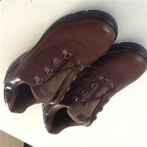 Safety Boots. Rebel. Brown. Size 8