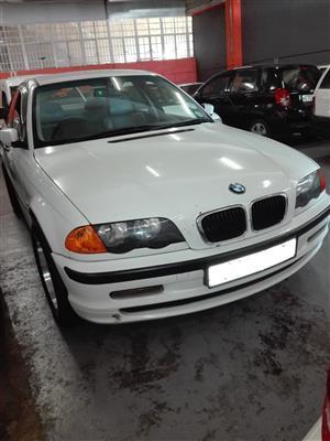 1999 BMW 3 Series 318i