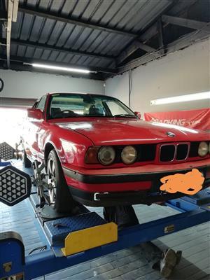 1990 BMW 5 Series 525i