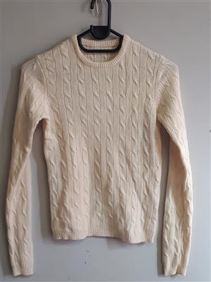 Cashmere Cream Pullover crew neck with self pattern - Medium