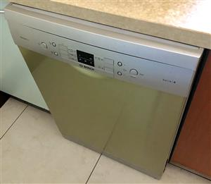 Bosch dishwasher for sale. Good working condition