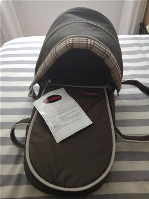 Chelino baby carrier - NEW