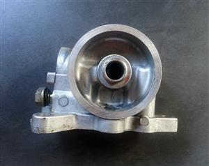 Discovery 2 TD 5 used oil filter housing for sale at Auto EZI