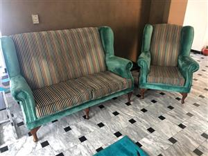 5 seater wing back lounge suite
