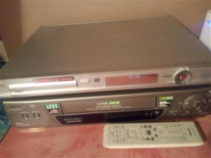 Philips dvd recorder with panasonic vhs recorder