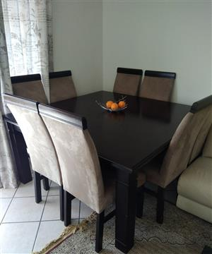 Mahagony dinning table with 8 chairs