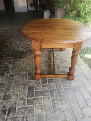 Dining table Oak