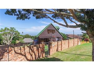Perfect Warm Wooden Home with a Breath-taking View in Port Alfred EC...