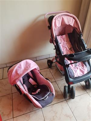 CHELINO baby pram and car seat combo for sale