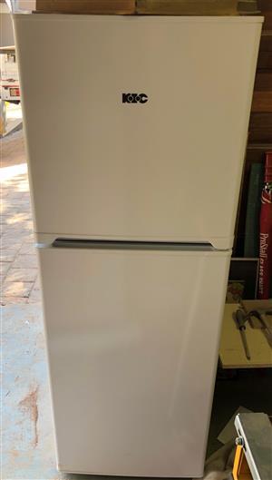 KIC 170L Fridge Freezer - As new
