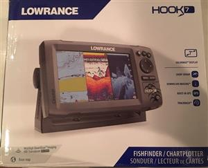 Lowrance Hook 7 GPS FishFinder With Transducer