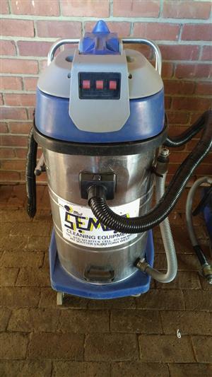 2 Semca 80L 3 Motor Industrial Vacuum Cleaners Wet and Dry