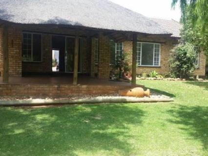 House To rent in Safari Gardens