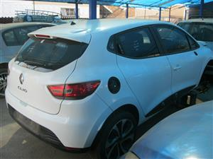 RENAULT CLIO IV 1.2 STRIPPING FOR SPARE PARTS
